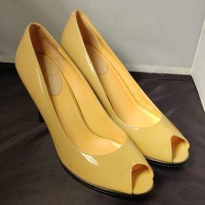 Cole Haan peep toe women's size 11B shoe